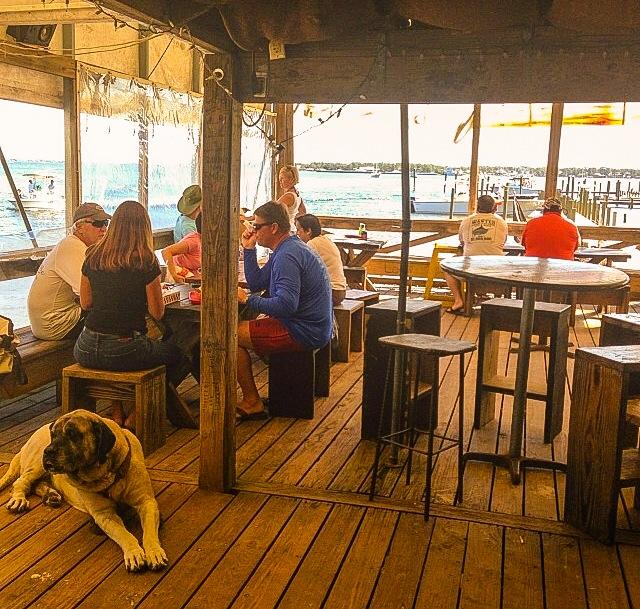 Pirates Cove Bar