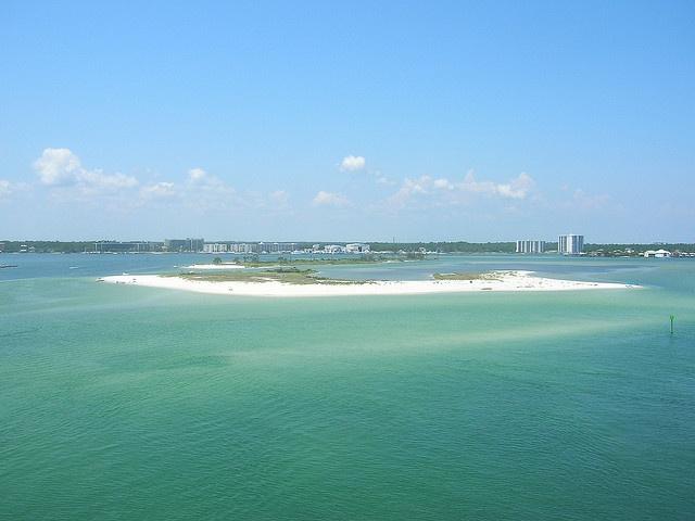 Orange-Beach-Robinson-Island