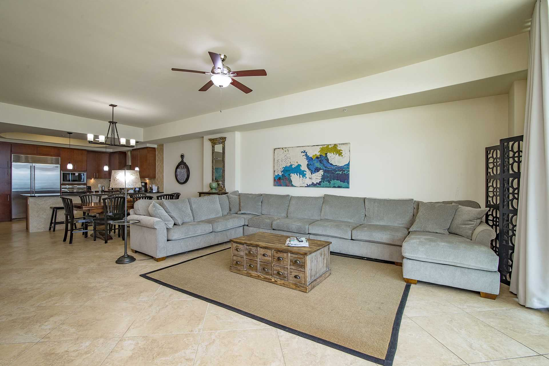 Turquoise Place 603C Living Room