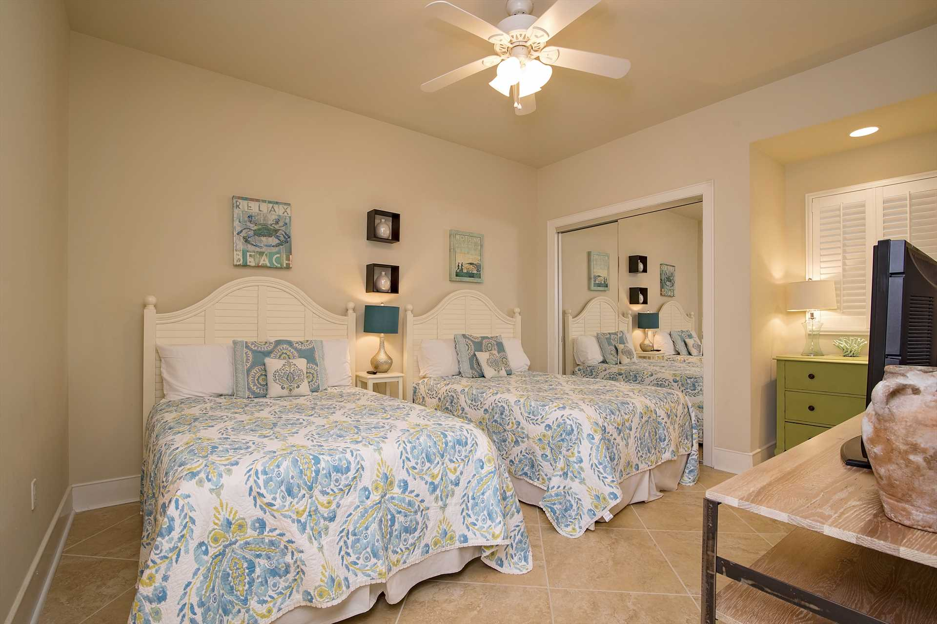Turquoise 1706D Guest Bedroom 2
